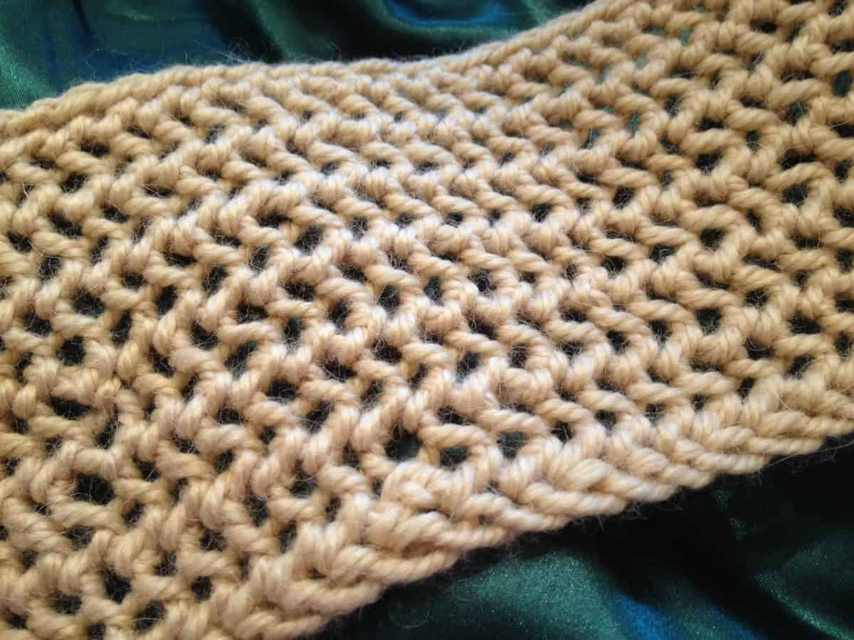 One-Row Lace Scarf – Free Patterns Coming in December!