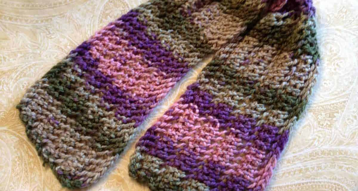 The Best Double-sided Lace Scarf Pattern for Beginners –One-Row Lace Scarf 1