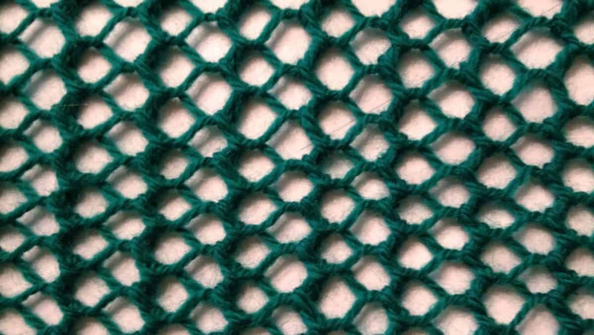 The Best Double-sided Lace Scarf Pattern for Beginners – One Row Lace Scarf 2